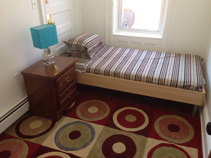 Small Private Room # 1, single / Twin  bed.