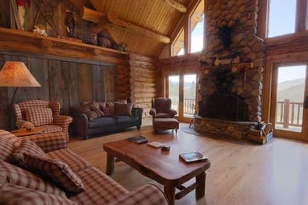 Cabin on the Creek - 5BR Home + Private Hot Tub - Oak Creek - Other
