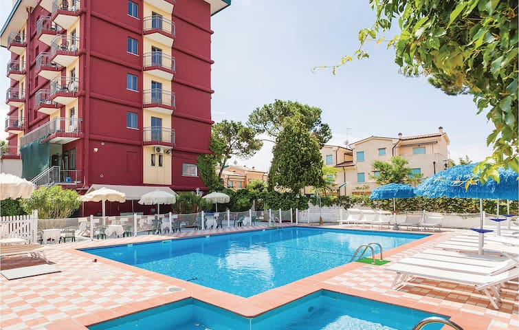Holiday apartment with 1 bedroom on 42m² in Lido di Jesolo -VE-