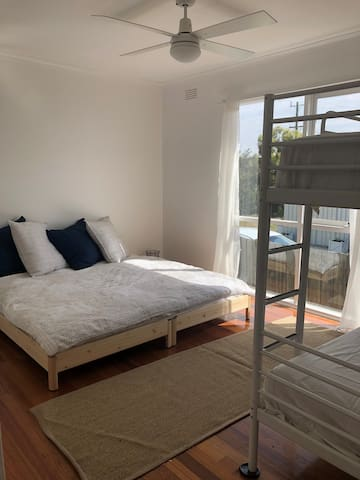 Queen bed converts to a single