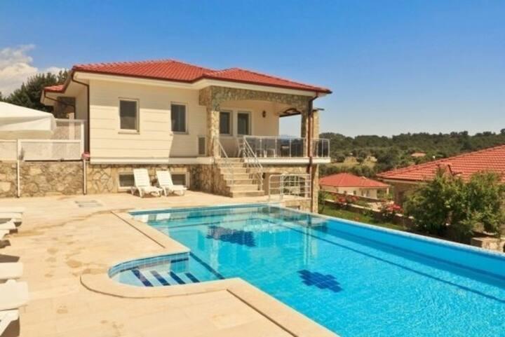 5 Star Villa with Majestic Views, Kas Villa 1005
