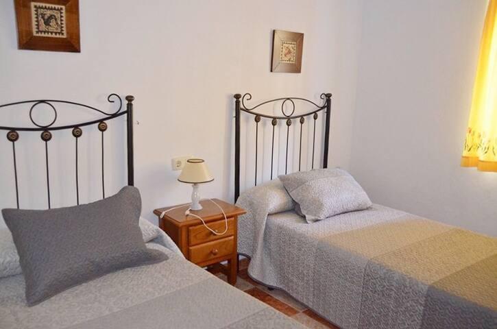 Casa Las Flores, vistas impresionantes y relax - Frigiliana - House