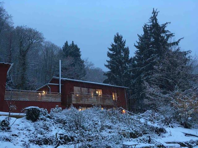 Waldhaus mit Traumblick