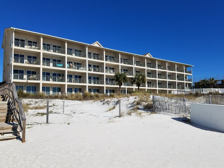 Windancer 101*Beach Front*FREE Seasonal Beach Service for 2*NEW RENOVATION!