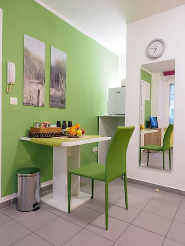Lovely mini apartment in the center