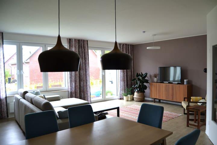 Cozy modern home close to Hamburg and Sachsenwald