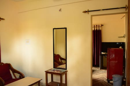 Room for rent near Morjim Beach - Morjim - Lejlighed