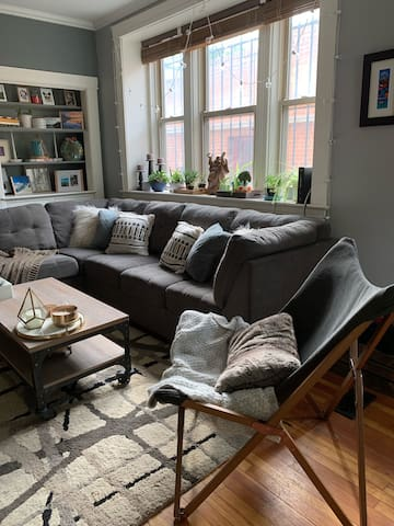 Cozy home in RiNo/ 5 points