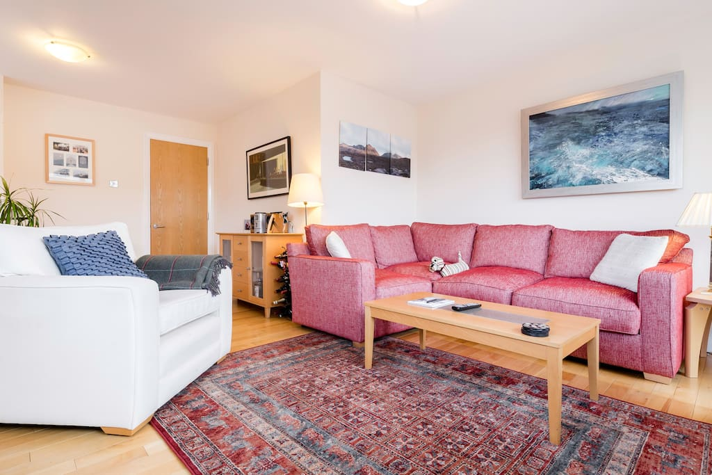 The cosy and colourful living room! Make yourself at home :)
