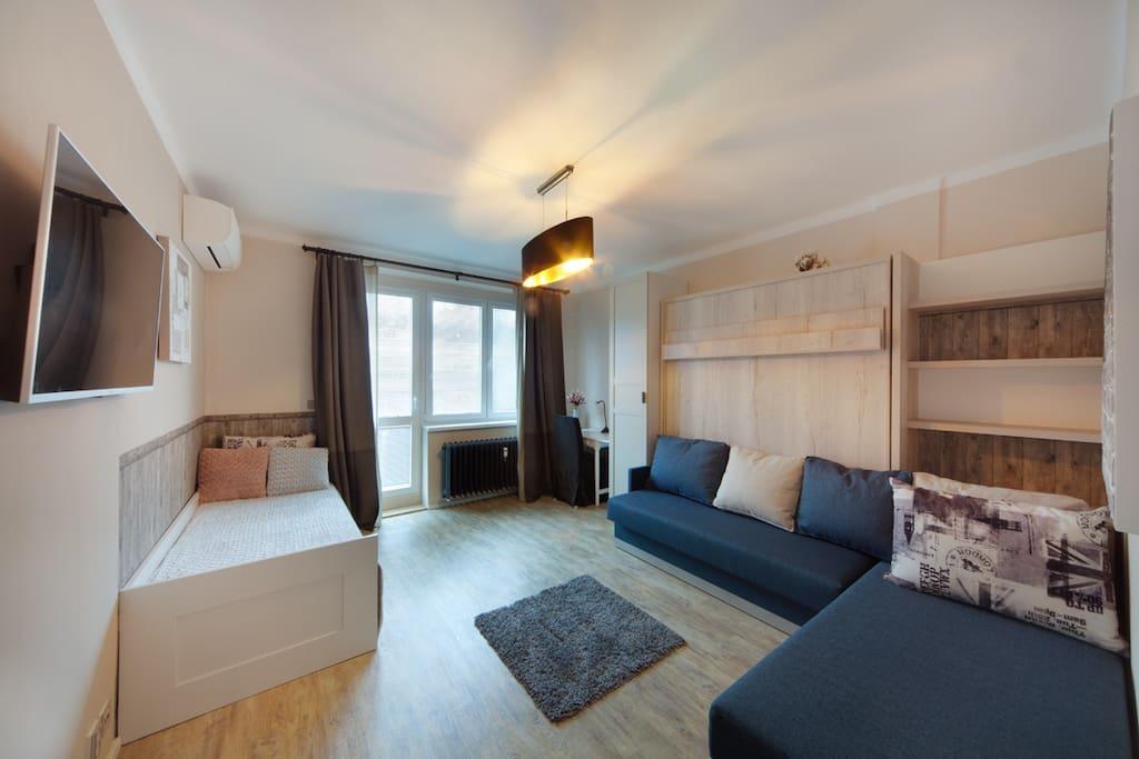 Bedroom optional sofa or kingsize bed