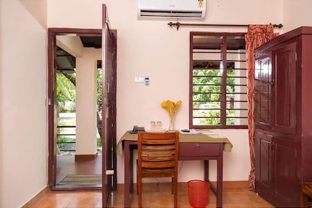 Basic A/c Room, Kumarakom, Kerala - Kumarakom