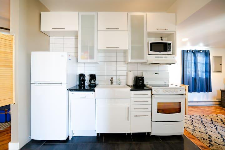 Monthly Furnished Rental, Denver near Downtown