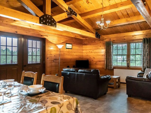 Lake View Lodges - 25073 (25073)