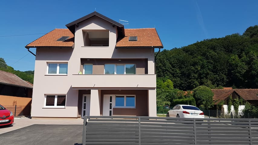 Flat or Apartment - Krapinske Toplice - Apartmen