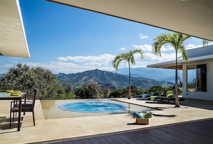 Villa con vista espectacular en el mejor clima