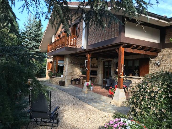 Caserio en Murguia ideal para grupos y familias
