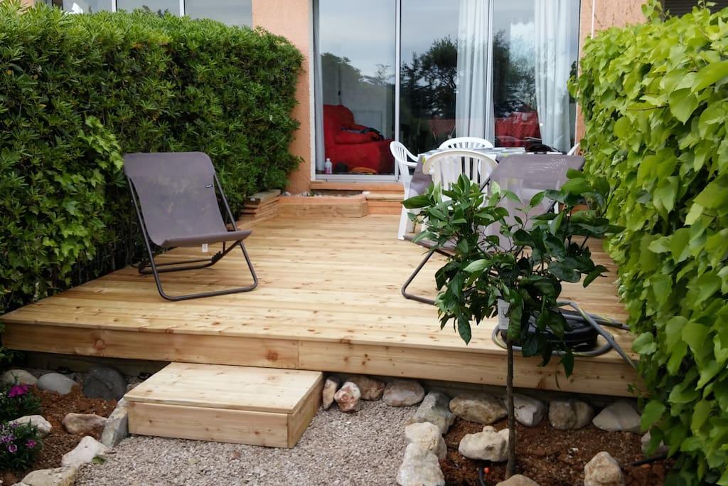 superbe terrasse bois + jardin paysager