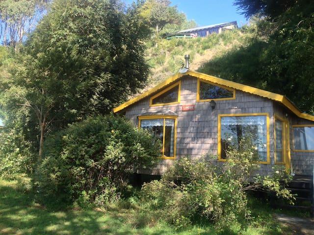 1-6 P. Bungalow Caulín Lodge, Chiloé Island