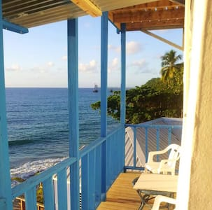 A tropical beach house in Aguadilla - Aguadilla - Lakás