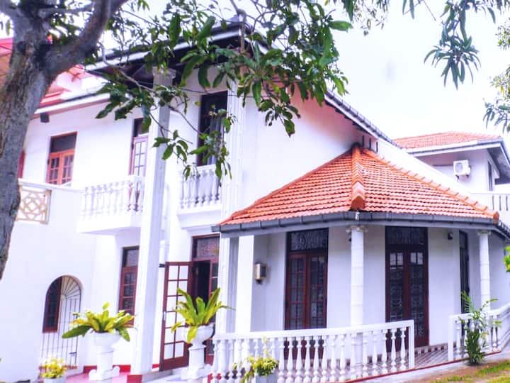 CHARLES VILA in Rawathawatta.Moratuwa