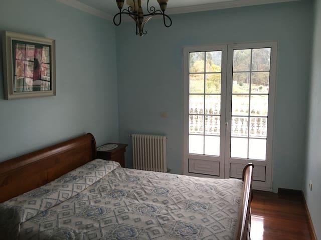 el dormitorio azul