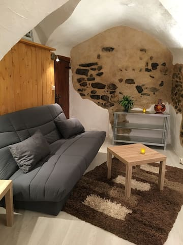 studio  de village charmant et atypique - Aouste-sur-Sye - Apartment