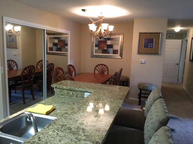 Convieniently located 4 BR Condo