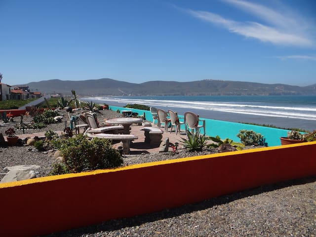 Beachfront Crayon House - Ensenada