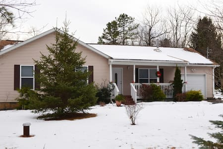 CLOSE TO THE SLOPES - Albrightsville - Albrightsville