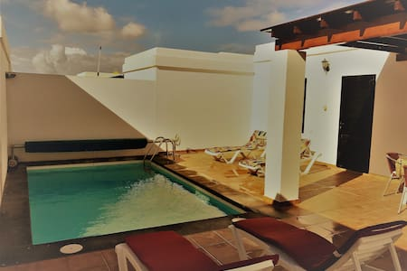 Paradise by the sea in Lanzarote - Playa blanca - Villa