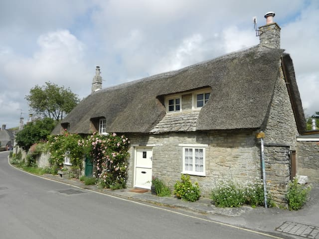 Purbeck Thatched Cottage - Corfe Castle - Semesterboende