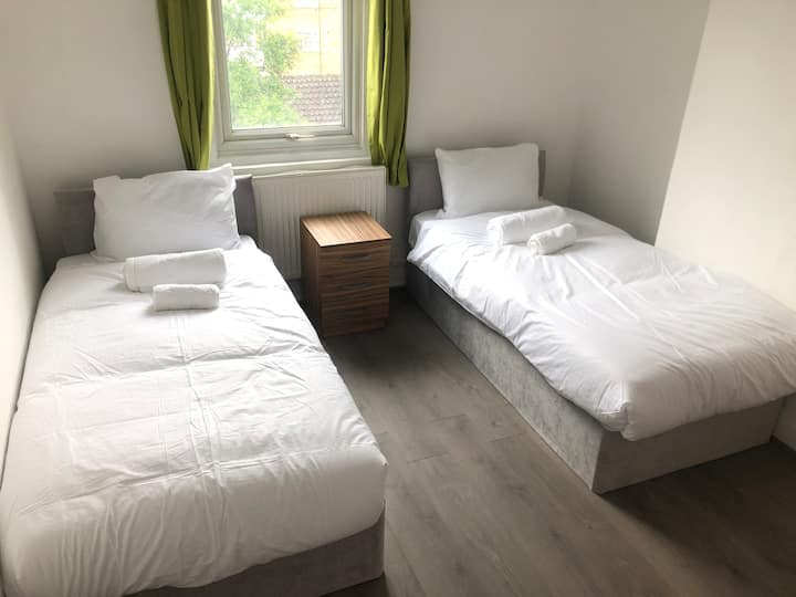 Comfy Twin Room Euston & Kings Cross