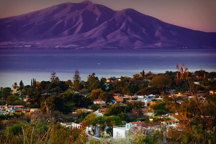 180 Degree Head-On Lake Chapala Views near Ajijic - San Antonio Tlayacapan - House