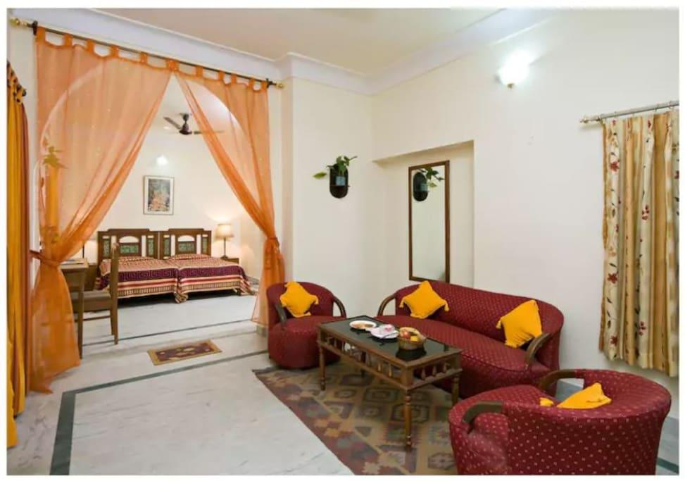 Jaipur Hotel Room Rent