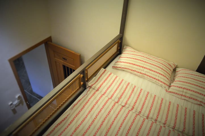 Travel Hub Highstreet - Double Room Dorm (Female)