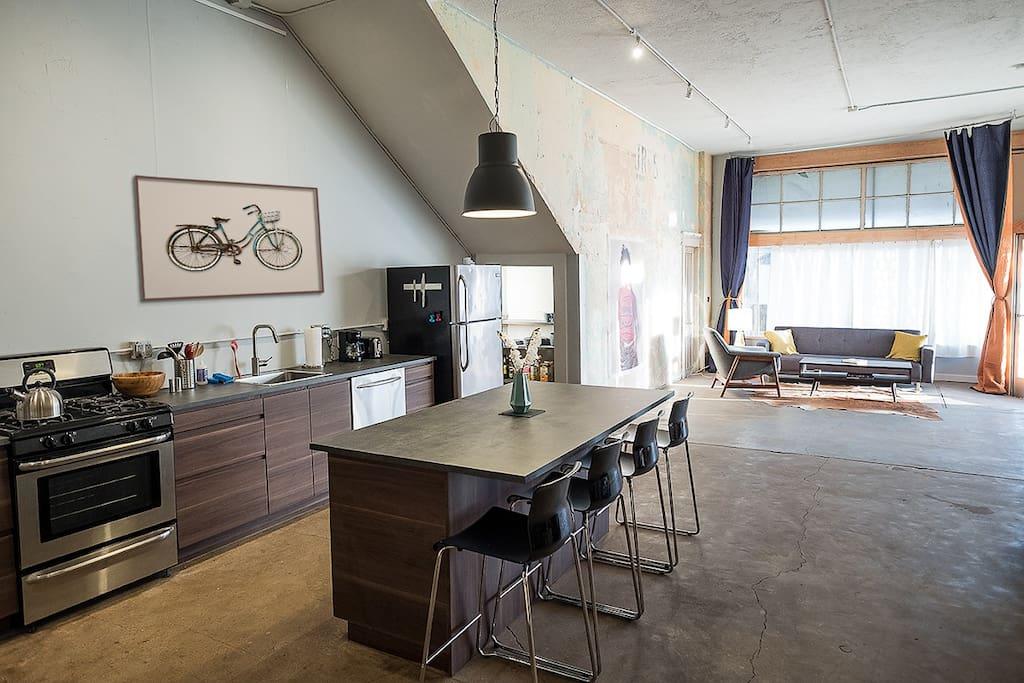 Historic artist 39 s loft lofts louer san diego - Loft industriel san diego californie ...
