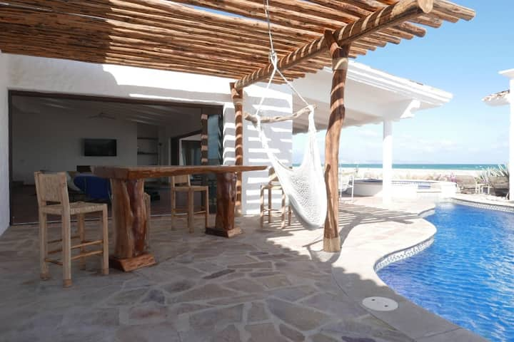 La Ribera, East Cape beachfront home