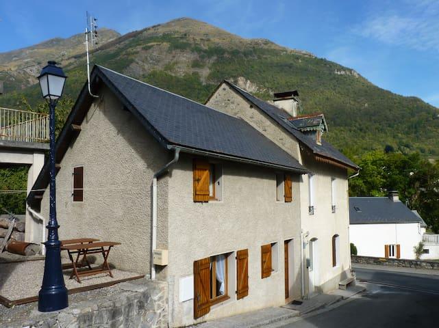 Maison de village Sassis - Sassis - House