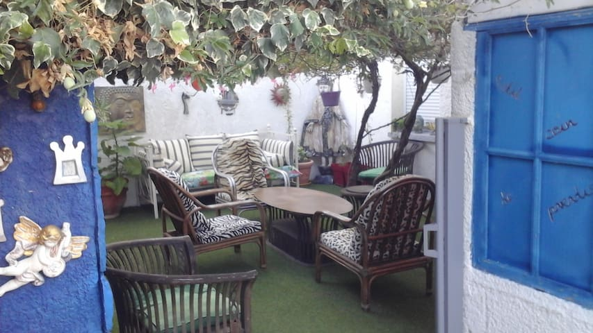 T2 agde rez de jardin avec terrasse piscine