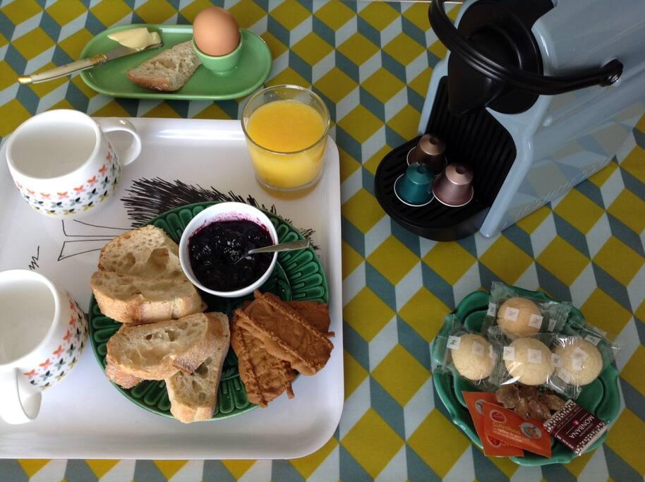 #Breakfast & stuff nespresso machine jam, butter, crackers