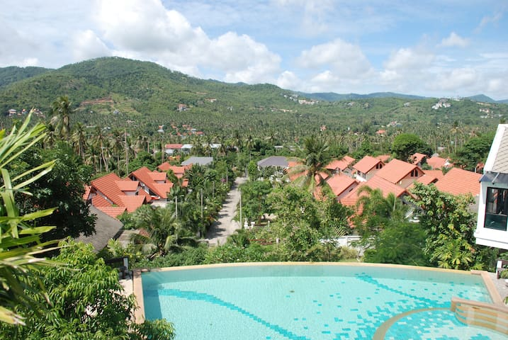 Hillside Village Resort - Standard Room 1