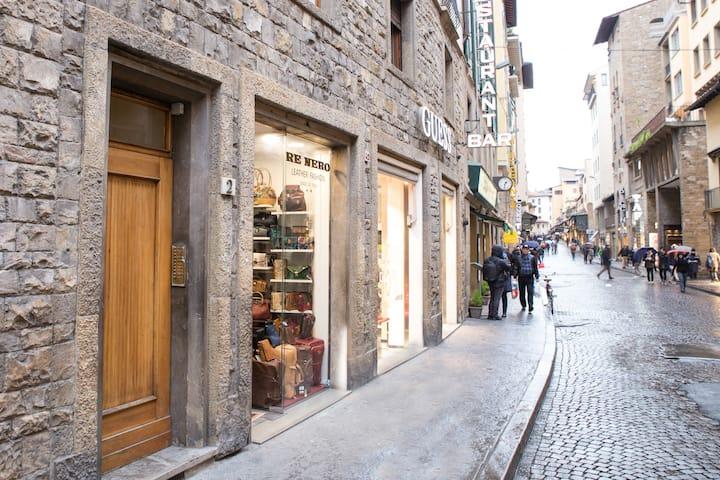 Federica's Ponte Vecchio apartment
