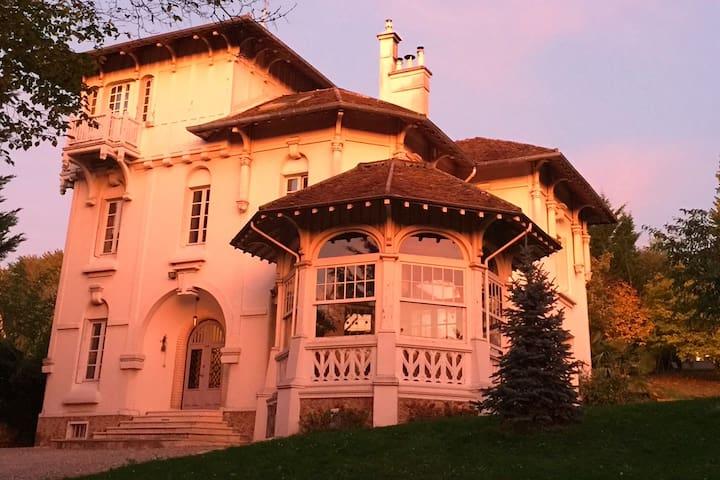 Villa Sisley Elegant Mansion House 20' From Paris