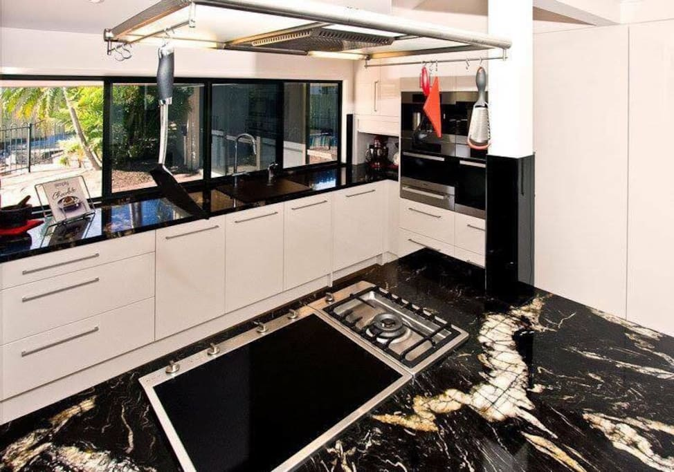 High quality finishings throughout the kitchen and home