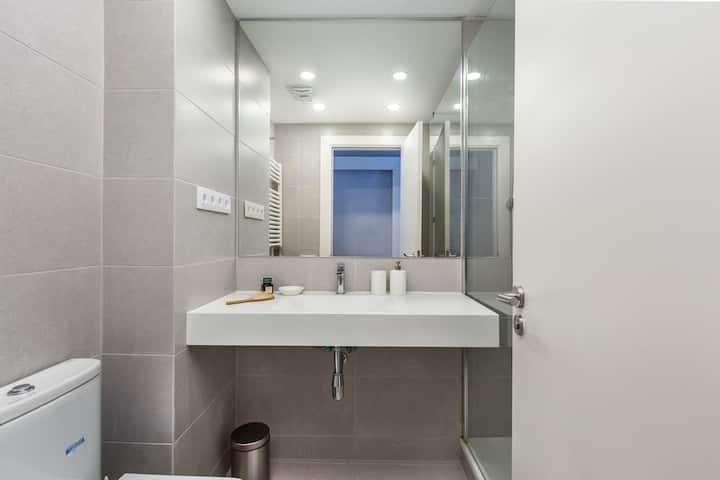 Brand New 2-BR Apartment in Sant Gervasi