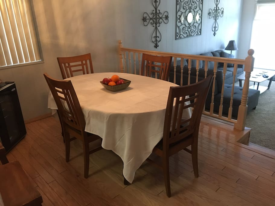 Dinning room seats up to 12 with leafs in