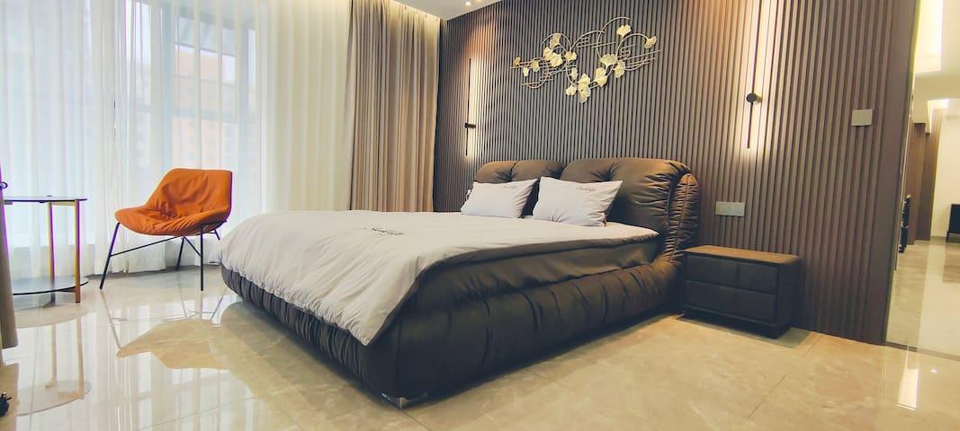 主卧室意式大床