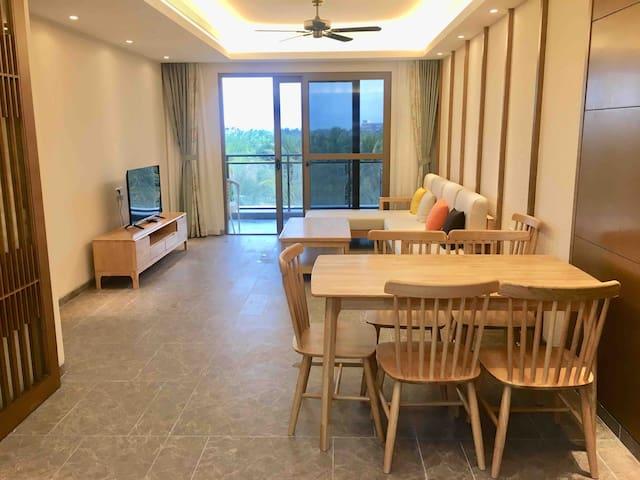 神州半岛观海阁128平3居2厅2卫临海度假公寓