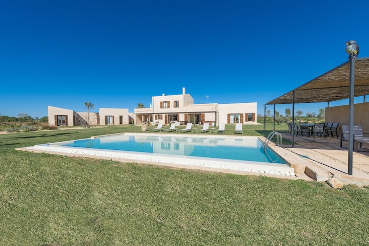 TALASSA - Villa with private pool in Campos. Free WiFi