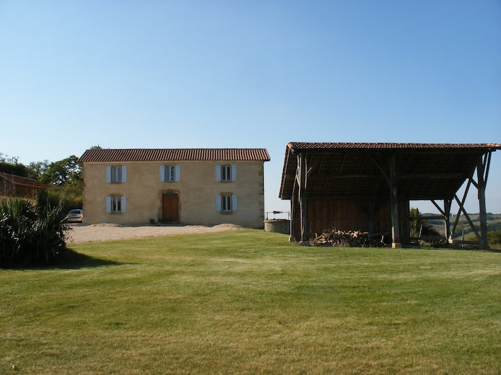Luxury Farmhouse Villa near Marciac